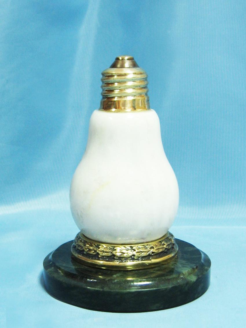 Оригинальный подарок лампочка