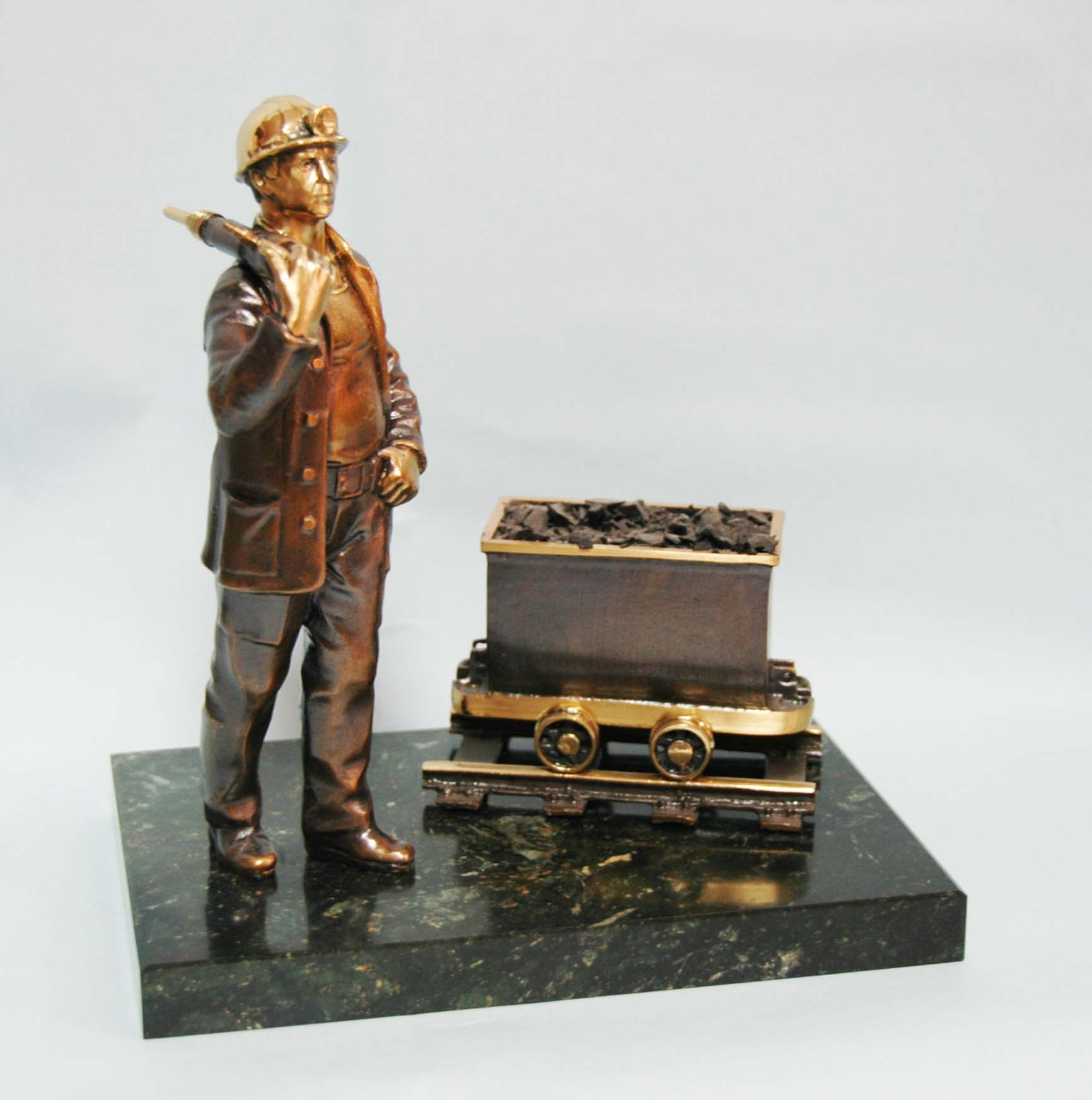 Подарки шахтеру, подарки ко дню шахтера